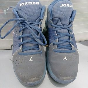 Navy blue Jordan basketball shoes